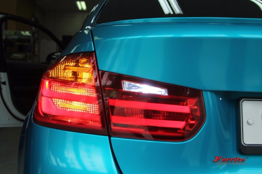 BMW M3 튜닝   후방 깜박이 및 후진등 LED 교체 시공